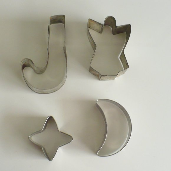 Vintage Other - ❤️1950's Cookie Cutters Metal J, Angel, Star & Sun